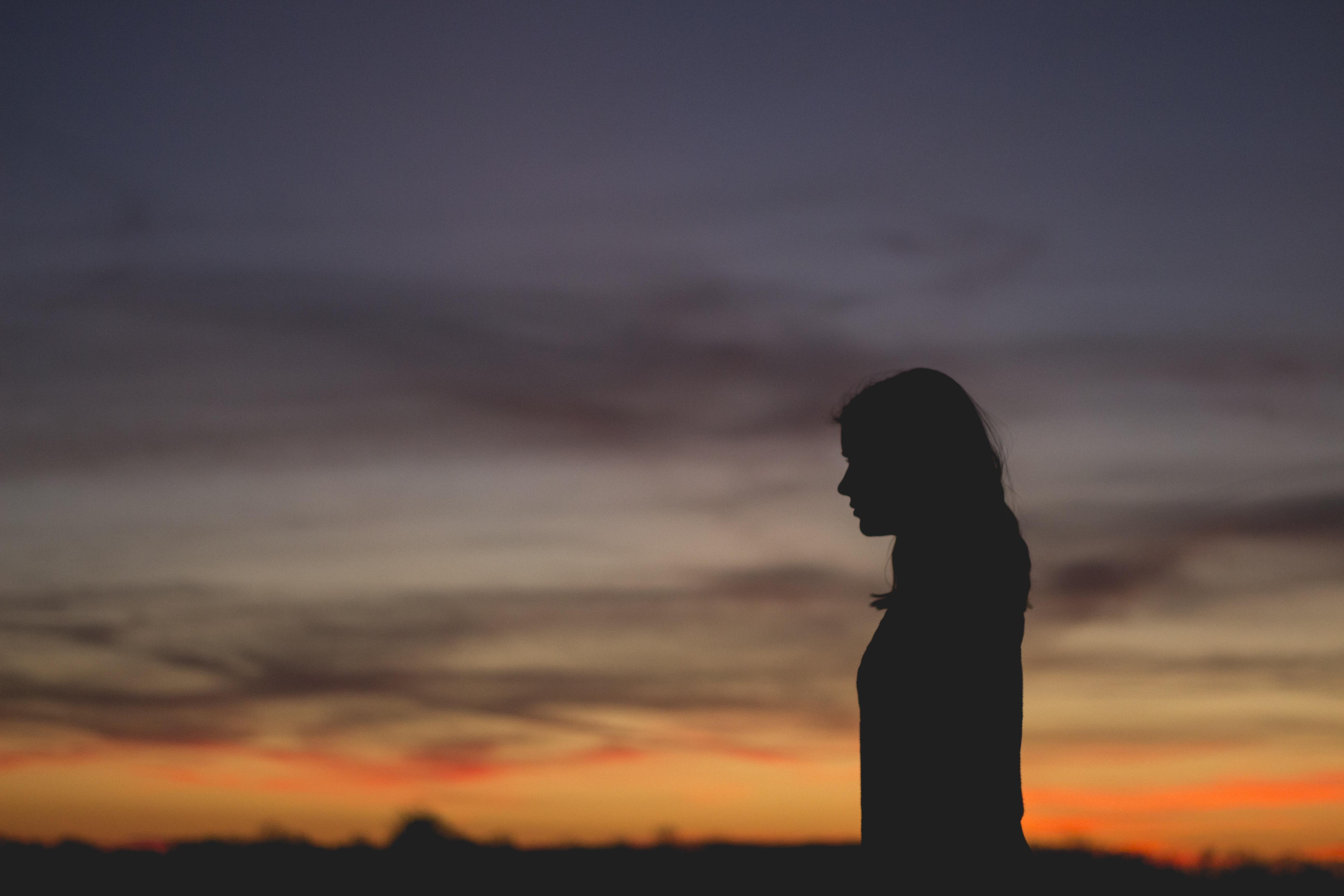 jak sobie radzić z negatywnymi ludźmi