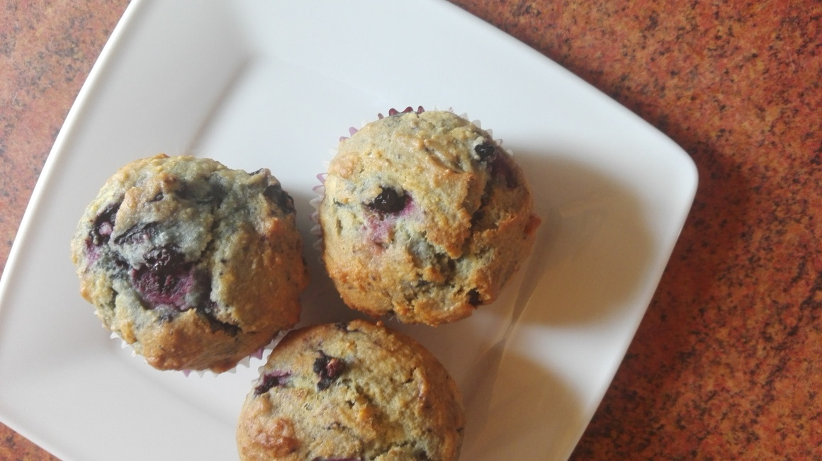 zdrowe muffinki jagodowe
